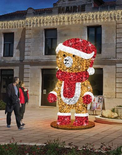 Sujet lumineux géant : ours 3D pour commune